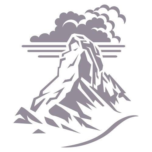 高山山峰与云