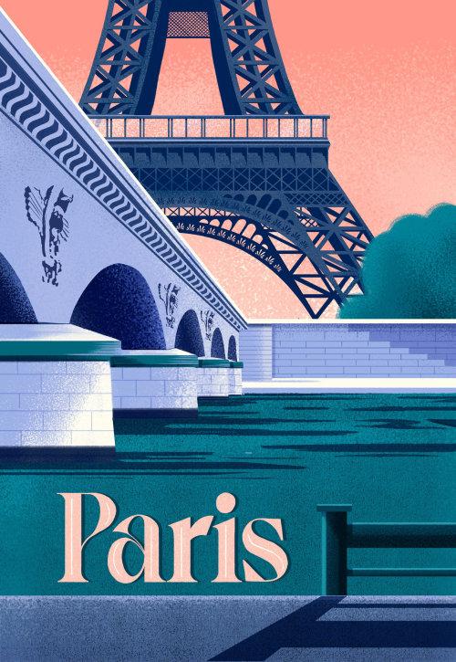 Vista de la torre Eiffel desde el río Sena en París