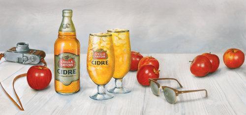 Acrylic painting of Stella Artois Cidre