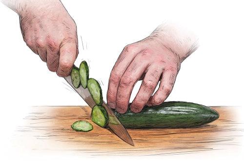 Chef leyendo cómo cocinar libro