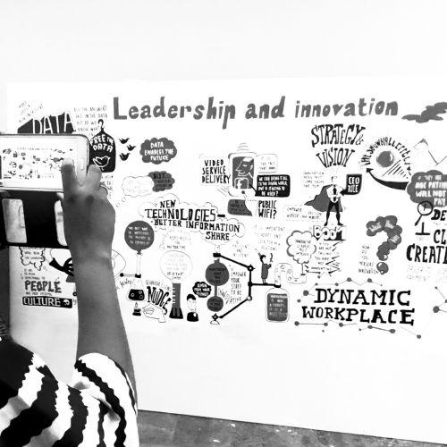 Black & White illustration of leadership and innovation