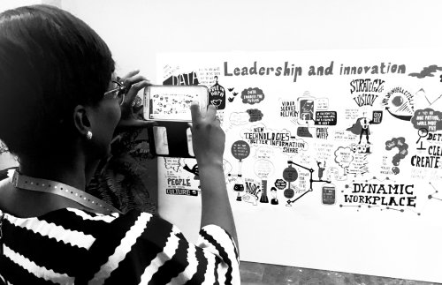 Black & White illustration of leadership and innovation