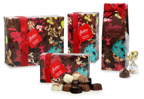 Flowers print on chocolate packaging by Ella Tjader