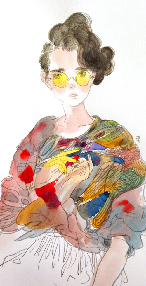 Fashion woman with yellow glasses