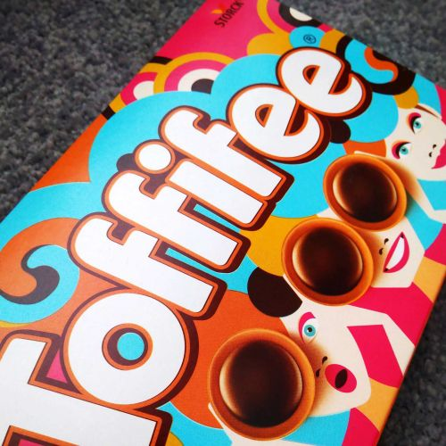 Toffifee: Family Edition Packaging illustration