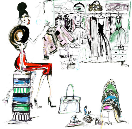 Lifestyle woman sitting with fashion accessories