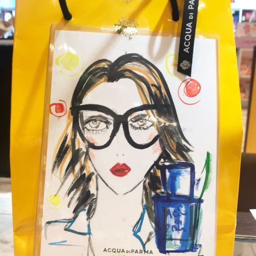 Live event drawing women with glasses