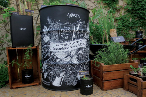 Graphic art on Barrell for Aorta Comunitaria