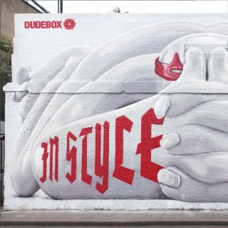 Toy Giant Mural Painting For Dudebox