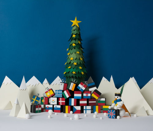 Christmas gifts paper art