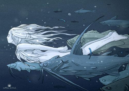 角色设计女人和鱼一起游泳