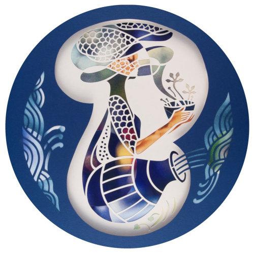 Uma ilustração de uma senhora com vaso de flores