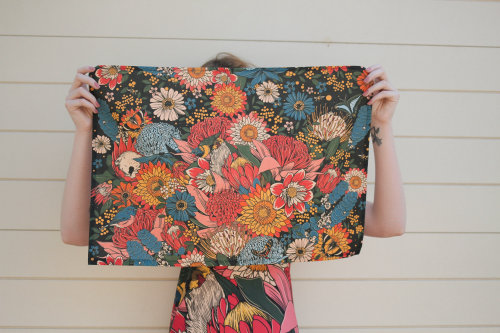 painting of flowers pattern on cloth