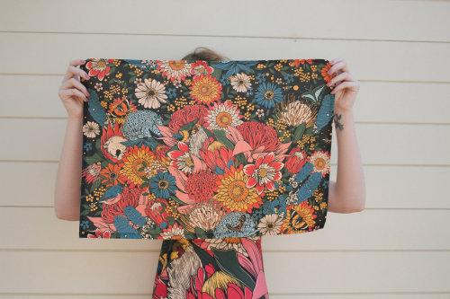 pintura de patrón de flores sobre tela