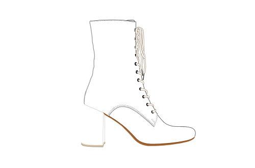 line art of long boot