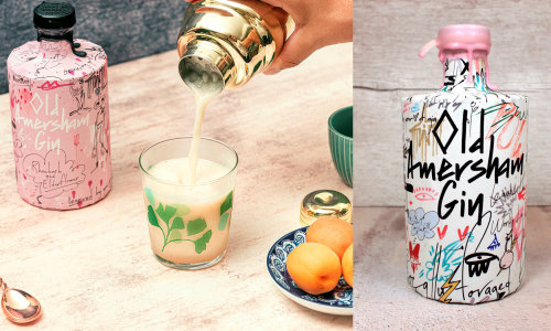 Graphic art on Glass with milk