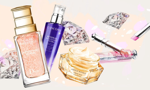 Photorealism of women beauty products