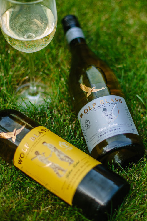 wolf blass wines yellow label limited edition, cricket world cup