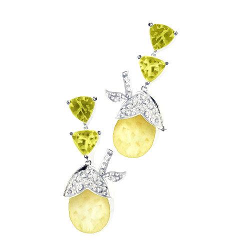 银色钻石耳环