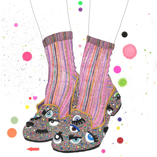 ilustração de sapato com brilho arco-íris metálico