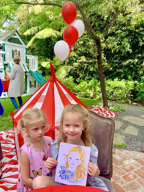 Desenho de evento ao vivo de meninas na festa de aniversário