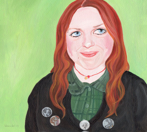 Peinture de beauté avec des badges sur le manteau