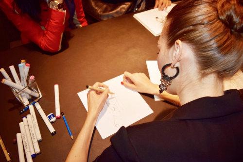 Evento en vivo Veronica fashion sketching