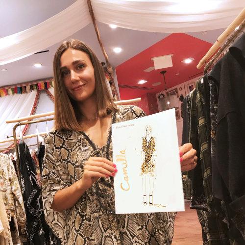 Dibujo de evento en vivo Dibujo de moda de Camilla