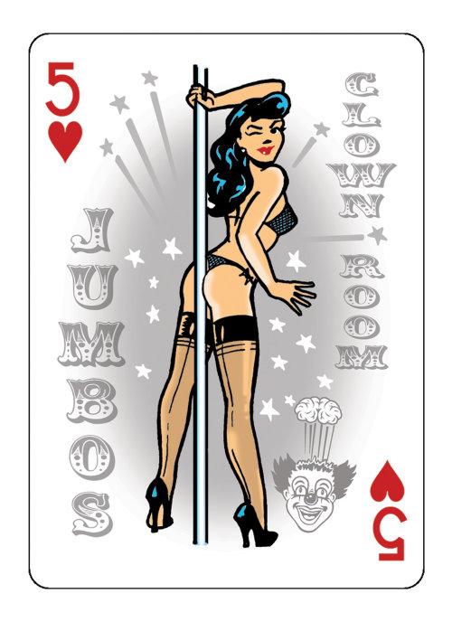Lingerie mulher jogando cartas