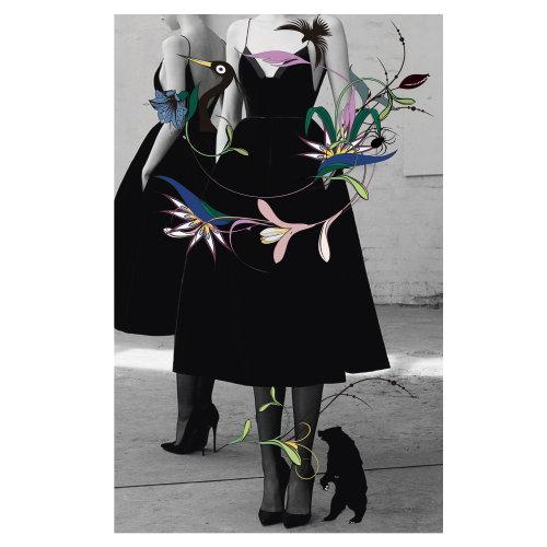 Modelo com flores gráficas