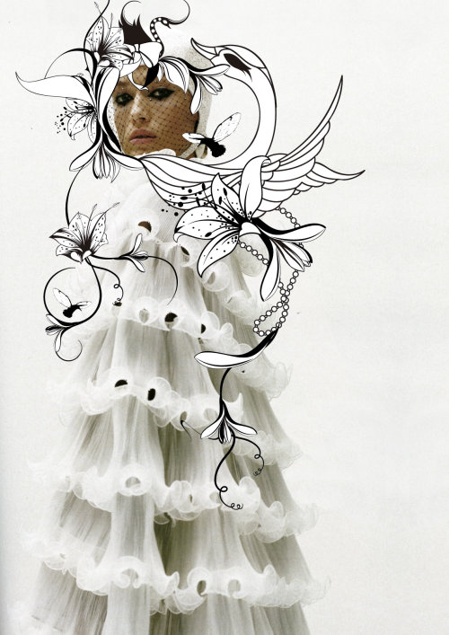 Modelo com arte de flores